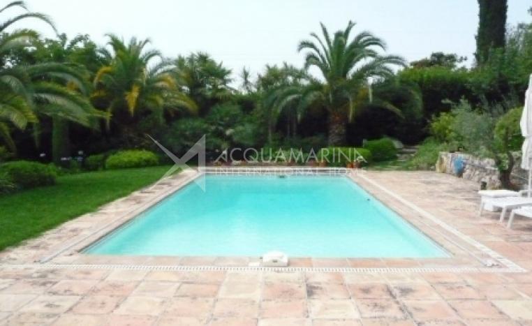 Mougins Villa For Sale<br />1/2