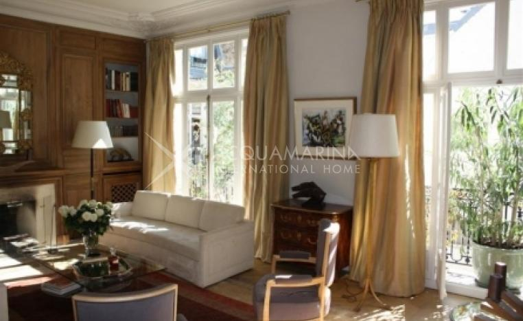 Paris Apartment For Sale<br />1/1