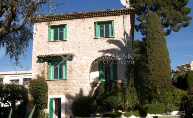 Nice Maison de maitre For Sale<br />1/3