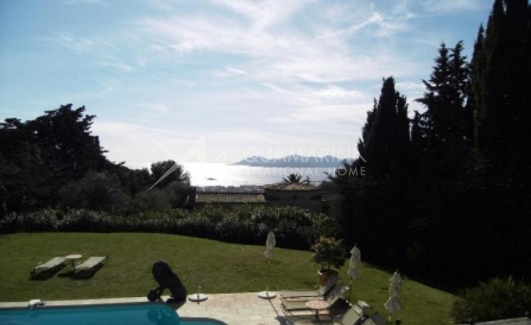 Cannes vendita Villa<br />1/4