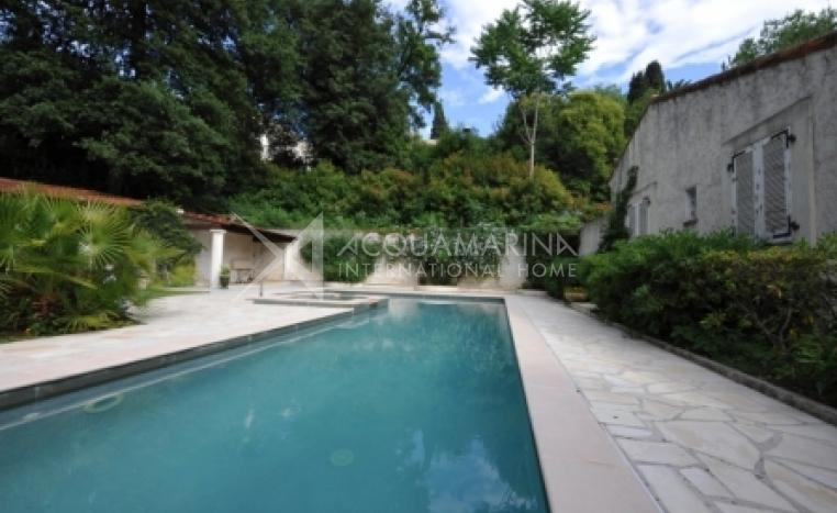 NICE Villa For Sale<br />1/3