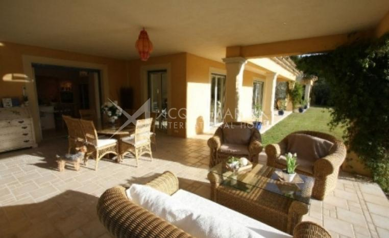 Colle-sur-Loup vendita Villa<br />1/6
