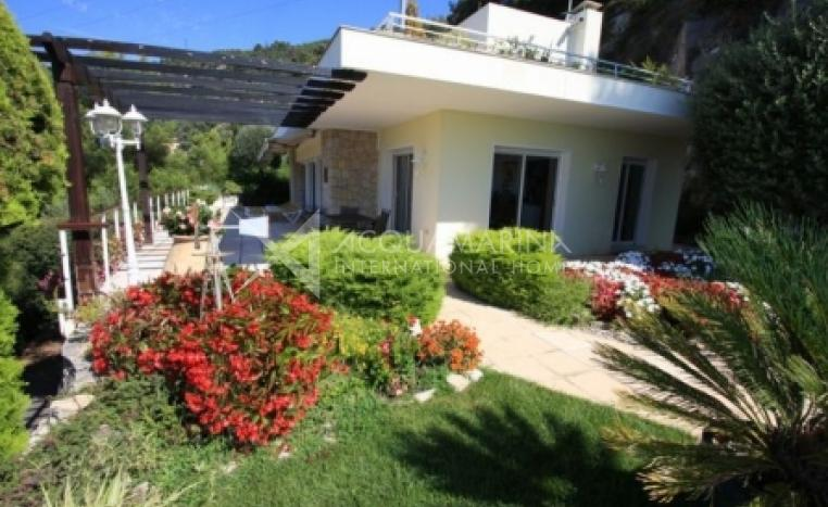 Villefranche-sur-Mer Villa For Sale<br />1/4