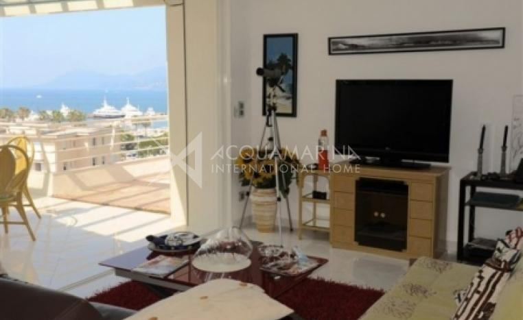 Cannes Penthouse For Sale<br />1/4
