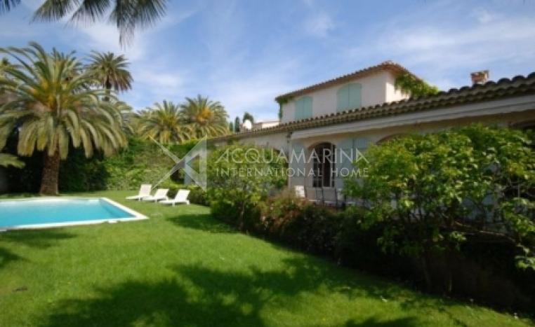 Cap d'Antibes Villa For Sale<br />1/5