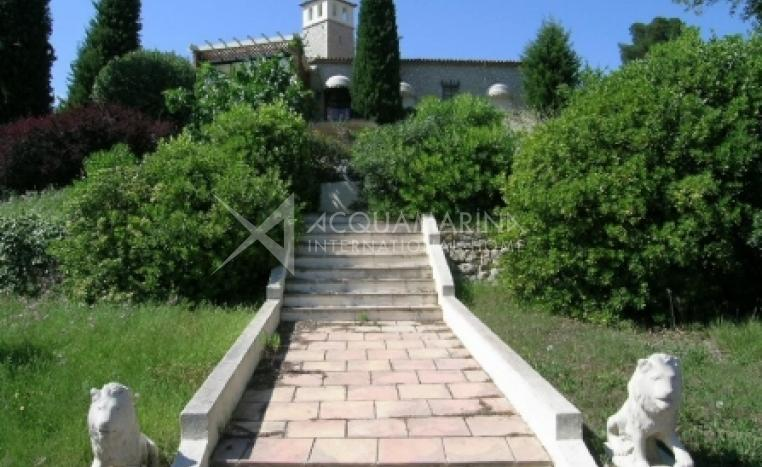 Mougins Villa For Sale<br />1/5
