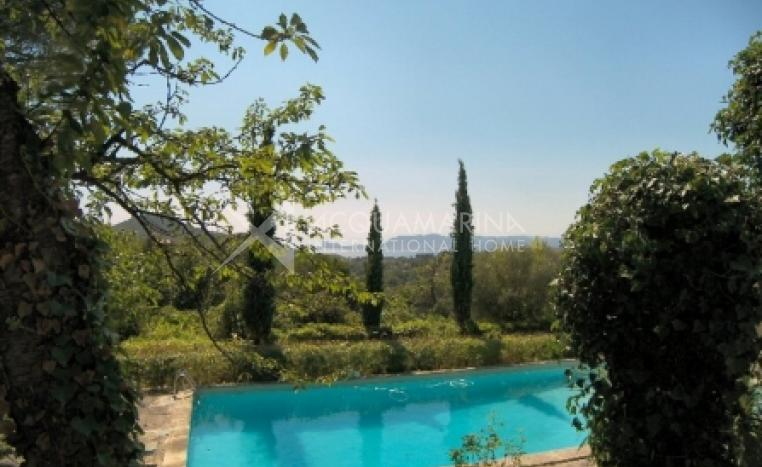 La Cadière-d'Azur Country Home For Sale<br />1/8