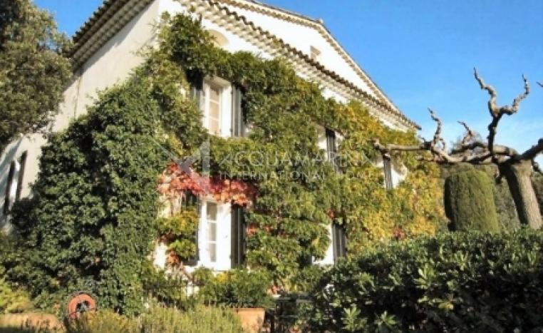 La Garde-Freinet Country Home For Sale<br />1/7