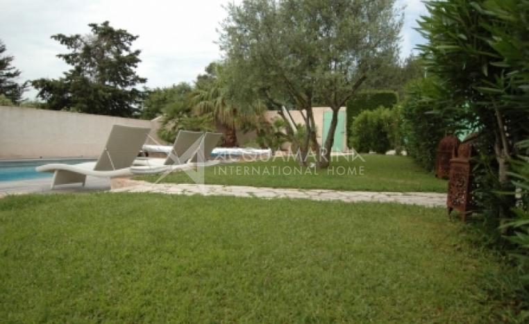 Grimaud Villa For Sale<br />1/2