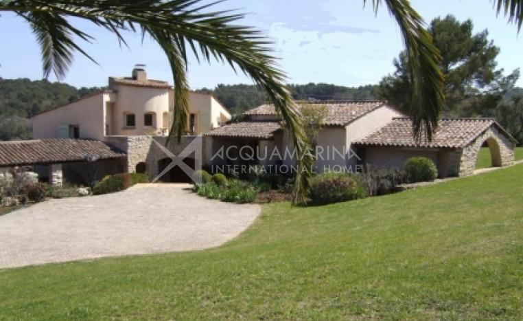 Mougins Villa For Sale<br />1/3