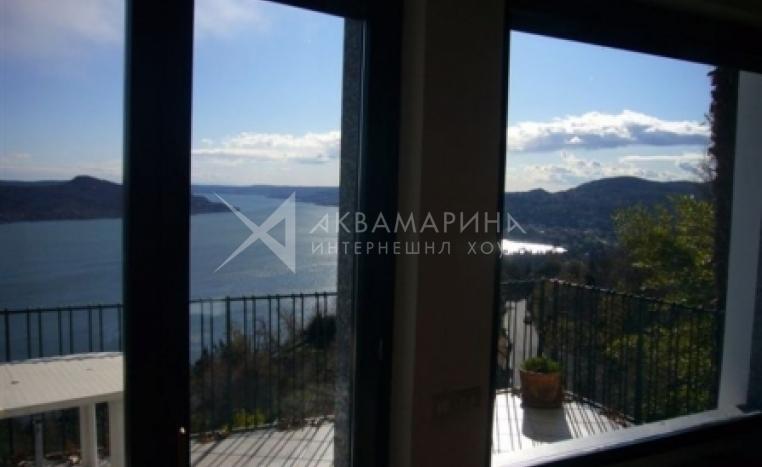 Озеро Маджоре/   Massino Visconti вилла на продажу<br />1/8