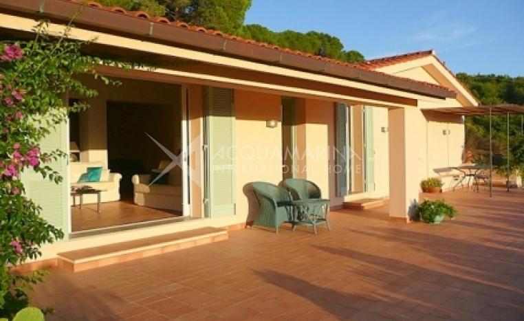 Porto Ferraio Villa For Sale<br />1/5