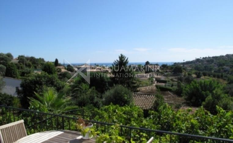 Antibes Villa For Sale<br />1/3