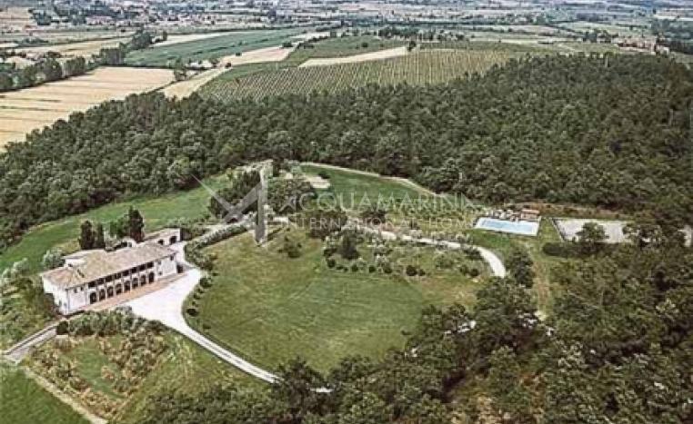 Montepulciano Villa For Sale<br />1/4