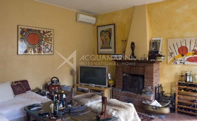 Roma Villa For Sale<br />1/8
