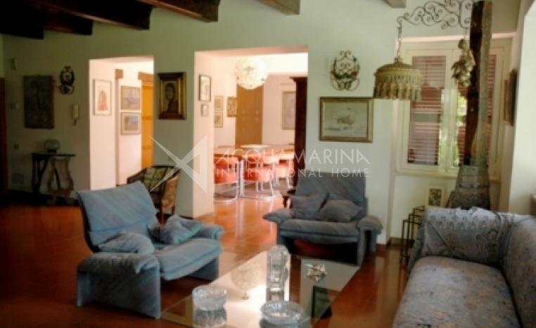 Trevignano Romano Villa For Sale<br />1/8