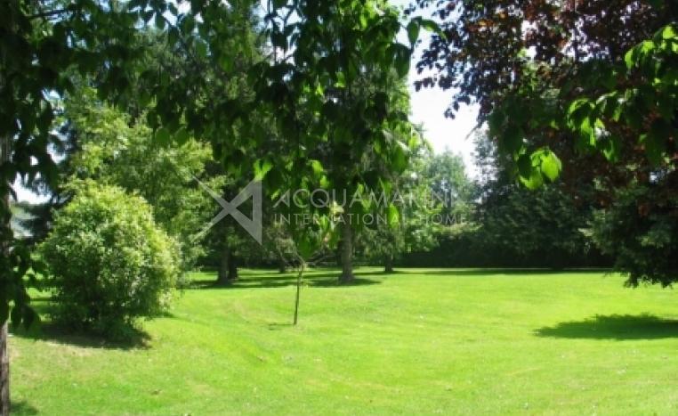Bourg-en-Bresse Villa For Sale<br />1/4