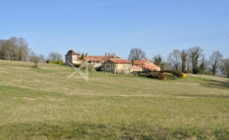 Riberac Country Home For Sale<br />1/5