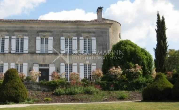 Cognac Chateau / Mansion For Sale<br />1/5