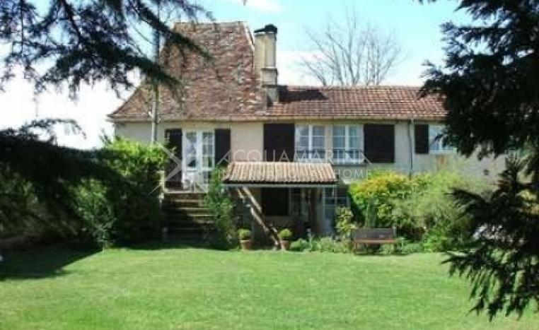 Le Bugue Country Home For Sale<br />1/5