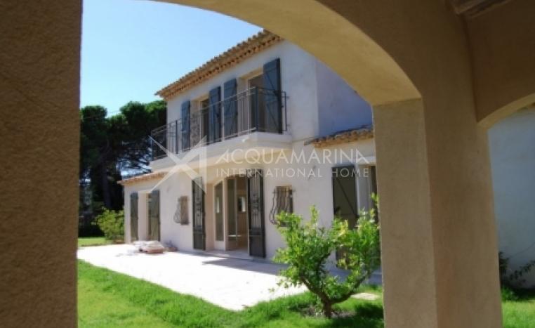 Tourrettes-sur-Loup Villa For Sale<br />1/3