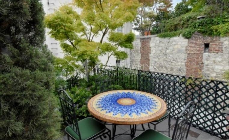 PARIS Penthouse For Sale<br />1/8