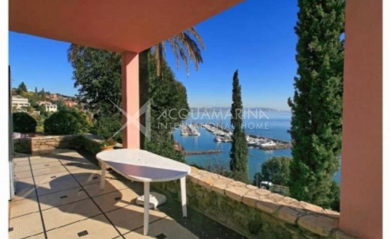 Théoule-sur-Mer Villa For Sale<br />1/5
