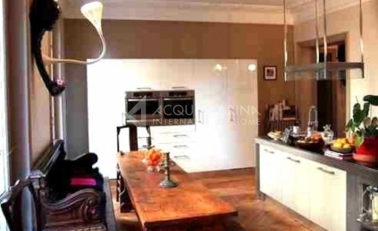 PARIS 8ème Apartment For Sale<br />1/3