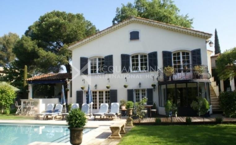 Mougins Villa For Sale<br />1/8