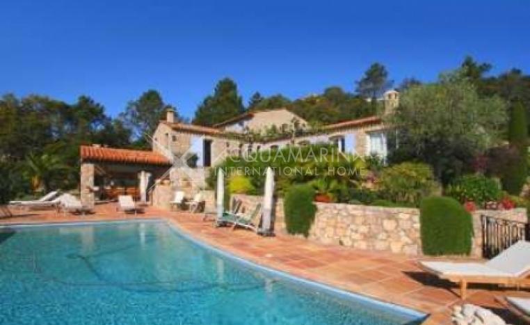 Les Adrets-de-l\'Estérel Villa For Sale<br />1/6