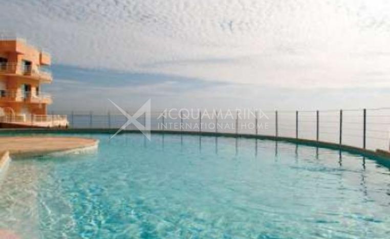 Théoule-sur-Mer Apartment For Sale<br />1/6