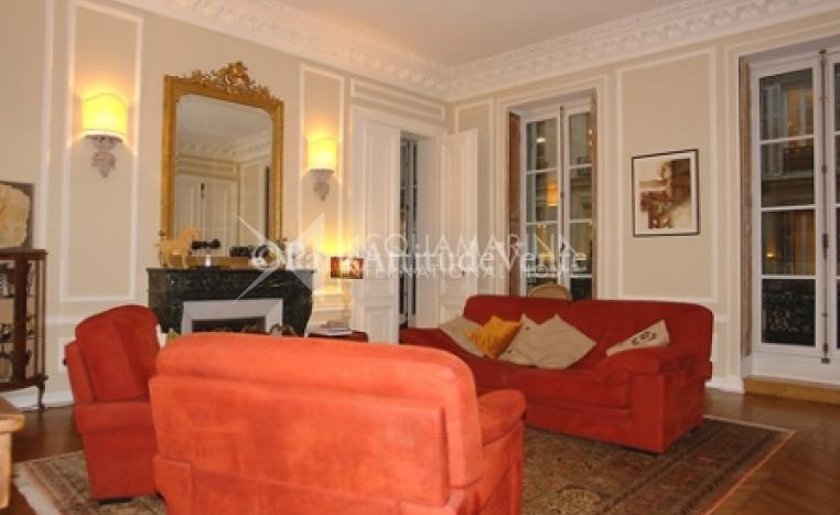 PARIS Apartment For Sale<br />1/6