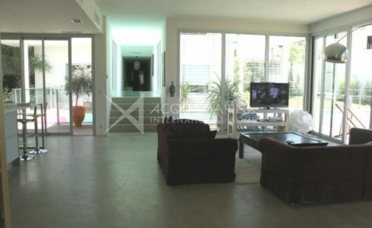 CASTELNAU LE LEZ Villa For Sale<br />1/5