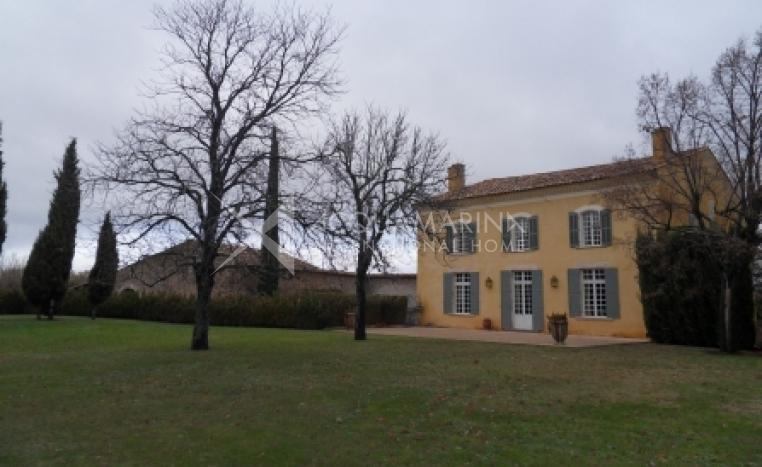 Centre Var Chateau / Mansion For Sale<br />1/8