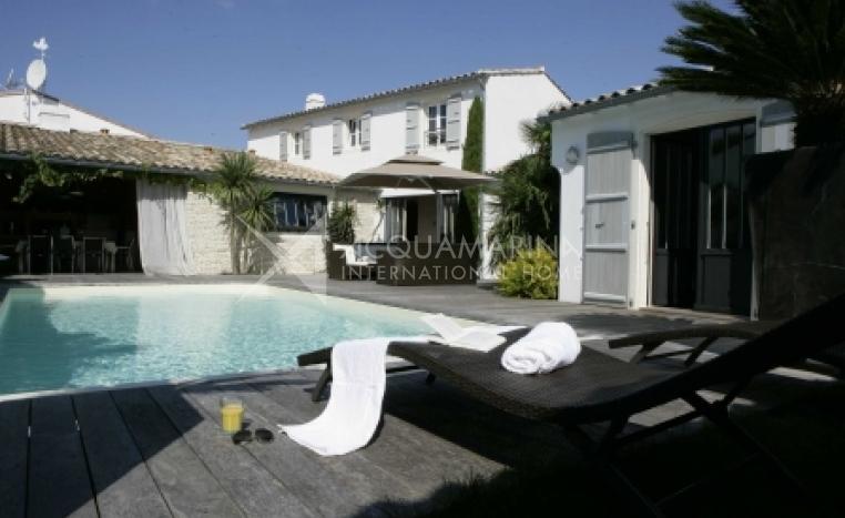 La Flotte Villa For Sale<br />1/5