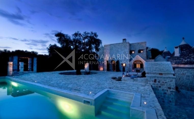 Ceglie Messapica Villa For Sale<br />1/8