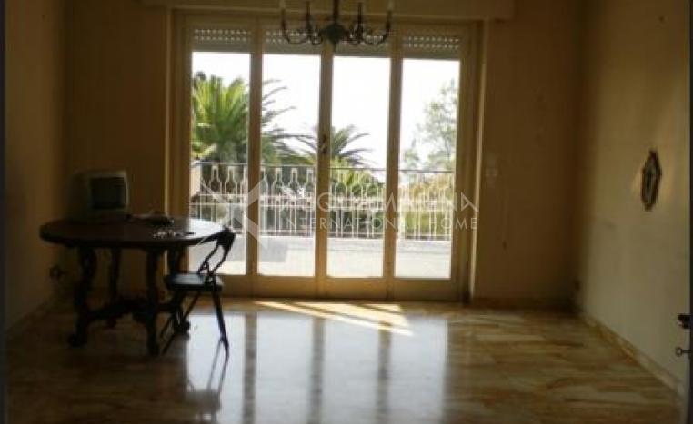 Sanremo Apartment For Sale<br />1/8