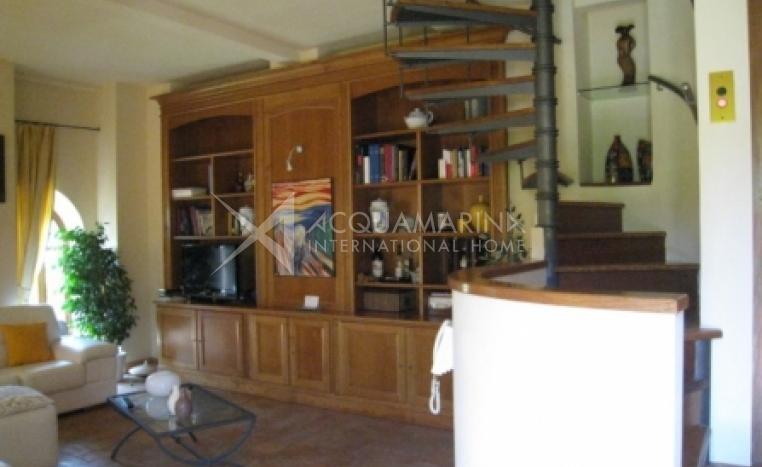Roma Villa For Sale<br />1/6