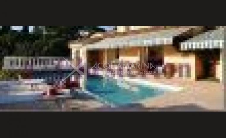 Sainte-Maxime Villa For Sale<br />1/6