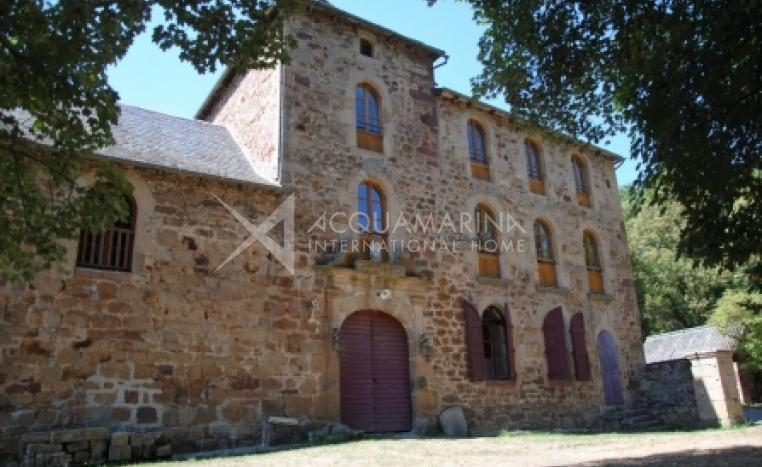 Mende Chateau / Mansion For Sale<br />1/6