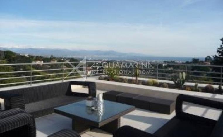 Cannes Villa For Sale<br />1/5