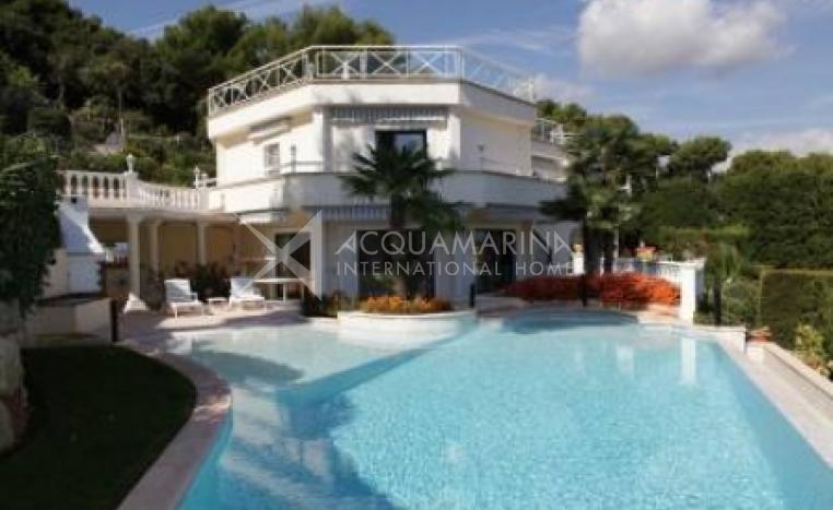 Vallauris Villa For Sale<br />1/5