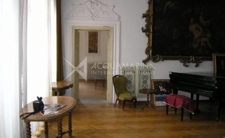 Livorno Villa For Sale<br />1/7