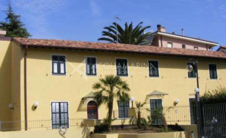 two room duplex Bordighera<br />1/3