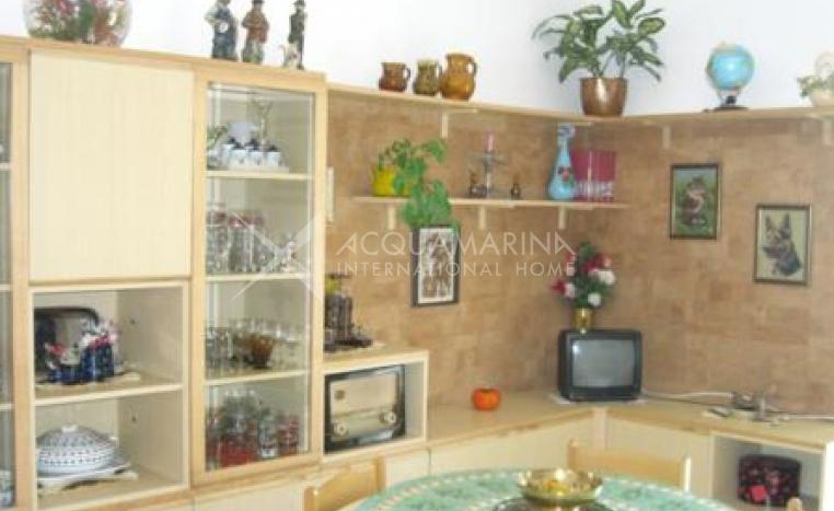 Apartment rental in Bordighera with walking, beach/lake nearby, balcony<br />1/8