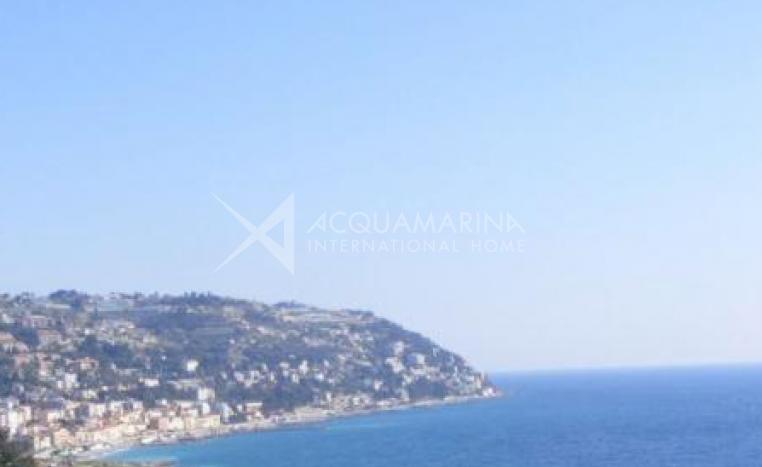 Bordighera Attic seaview<br />1/5