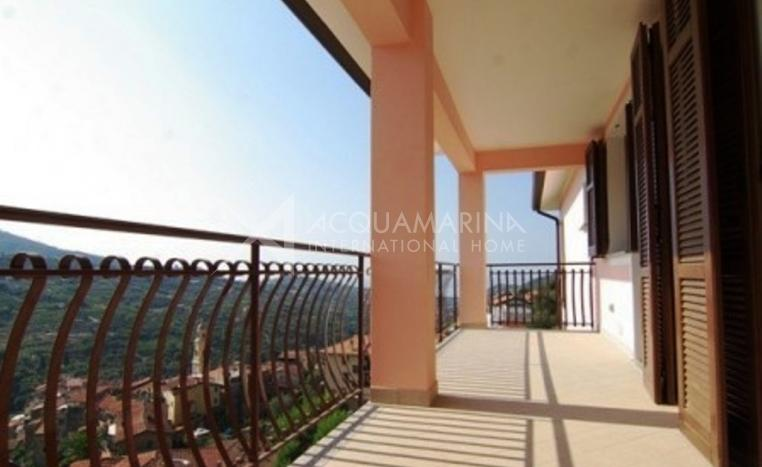 Vallebona Apartment For Sale<br />1/10