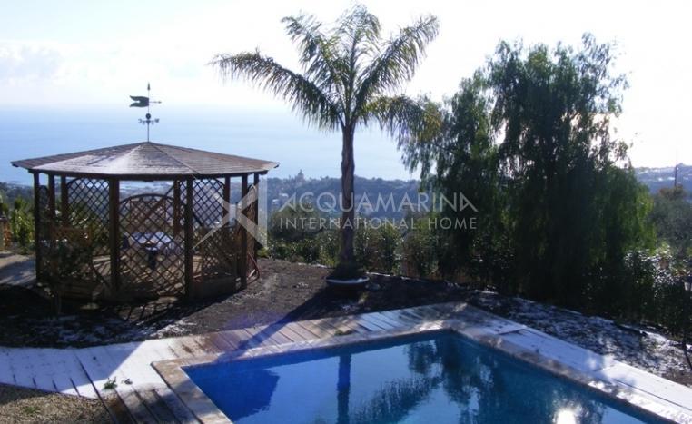 Fabulous sea view villa for sale in San Remo<br />1/14