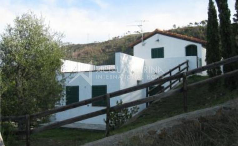 Vallebona villa<br />1/8