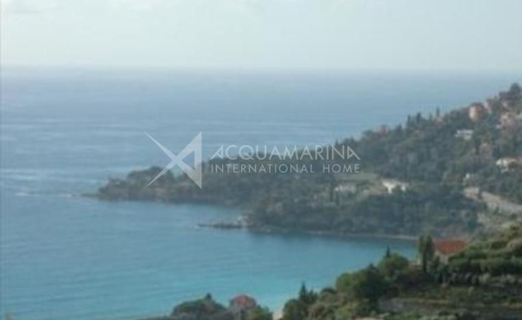Ventimiglia Seaside Apartment<br />1/8